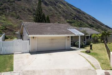 7421 Kamehame Place, Honolulu, HI 96825