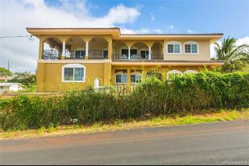 99-1047 Aiea Heights Drive, Aiea, HI 96701