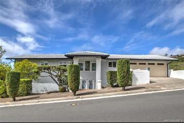 5396 Poola Street, Honolulu, HI 96821