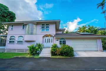 2752-F Pali Highway, Honolulu, HI 96817