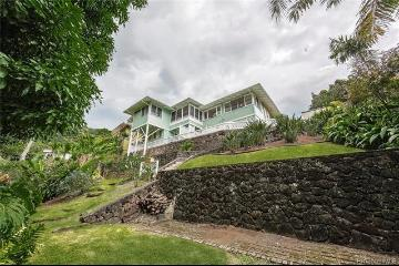 3364 Emekona Place, Honolulu, HI 96822