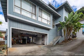 1751 10th Avenue, A, Honolulu, HI 96816