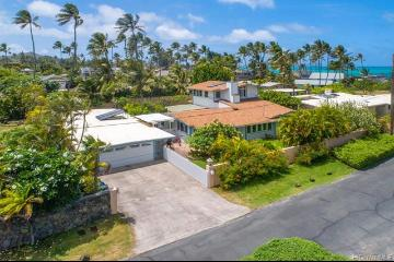 5 of bedrooms 4 of bathrooms Luxury Listing in Kailua