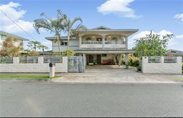 1339 Naulu Place, Honolulu, HI 96818