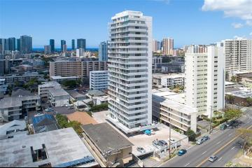 1325 Wilder Avenue, MK14, Honolulu, HI 96822