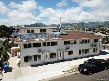 3415 Kanaina Avenue, Honolulu, HI 96815