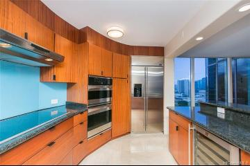425 South Street, 1704, Honolulu, HI 96813
