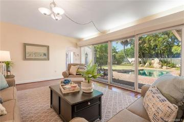 4388 Kahala Avenue, Honolulu, HI 96816