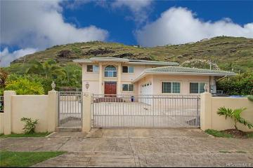 202 Hawaii Loa Street, Honolulu, HI 96821