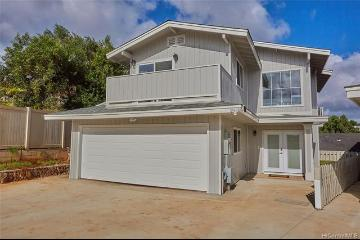 2158 Awikiwiki Place, Pearl City, HI 96782