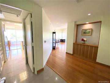 1 Keahole Place, 2601, Honolulu, HI 96825