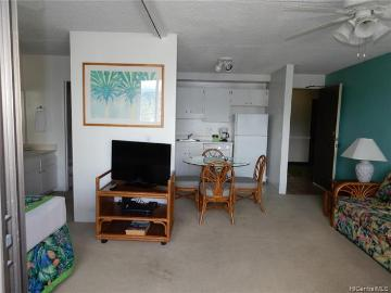 2240 Kuhio Avenue, 1804, Honolulu, HI 96815