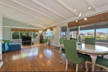 1341 Hoakoa Place, Honolulu, HI 96821