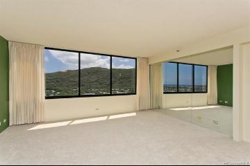 Upcoming 2 of bedrooms 2 of bathrooms Open house in Hawaii Kai on 8/18 @ 2:00PM-5:00PM listed at $580,000