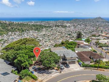 2411 St Louis Drive, Honolulu, HI 96816