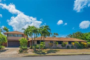 4539 Farmers Road, Honolulu, HI 96816