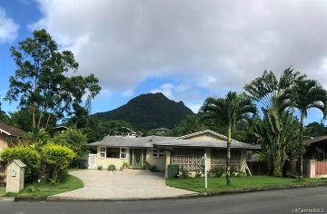 Upcoming 3 of bedrooms 3 of bathrooms Open house in Kailua on 10/13 @ 2:00PM-5:00PM listed at $1,430,000