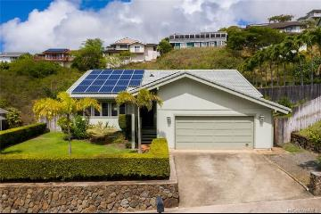 7404 Ainanani Place, Honolulu, HI 96825