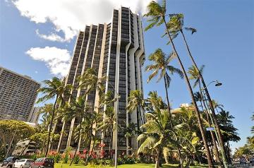 300 Wai Nani Way, 1111, Honolulu, HI 96815