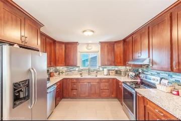 2932 Numana Road, Honolulu, HI 96819