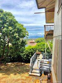 3669 Kawelolani Place, Honolulu, HI 96816