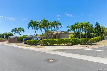 236 Hind Drive, Honolulu, HI 96821