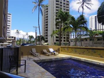 250 Ohua Avenue, 10G, Honolulu, HI 96815