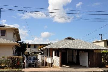 742 Mccully Street, Honolulu, HI 96826