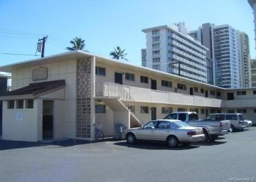 909 University Avenue, 204, Honolulu, HI 96826