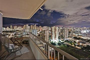 2825 King Street, 2502, Honolulu, HI 96826