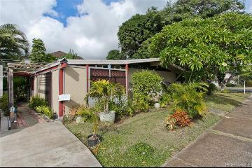 Upcoming 3 of bedrooms 1 of bathrooms Open house in Diamond Head on 11/17 @ 2:00PM-5:00PM listed at $1,050,000