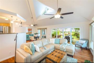 Upcoming 3 of bedrooms 2 of bathrooms Open house in Hawaii Kai on 1/26 @ 2:00PM-5:00PM listed at $1,250,000