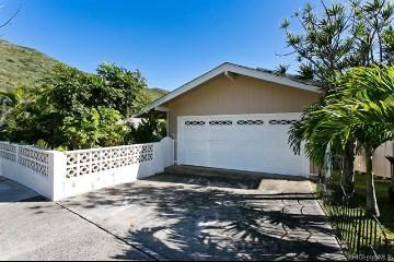 813 Papalalo Place, Honolulu, HI 96825