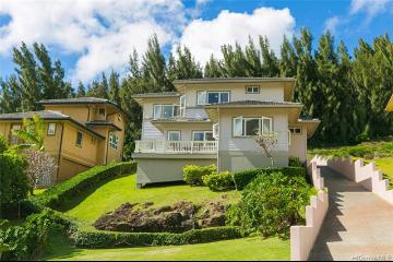 5542 Poola Street, Honolulu, HI 96821