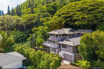 2501-A Rainbow Drive, Honolulu, HI 96822