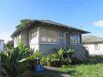 2483 School Street, Honolulu, HI 96819