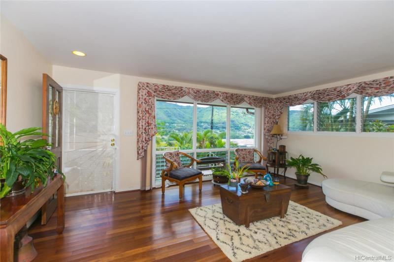 3478 Keahi Place, Honolulu, HI 96822