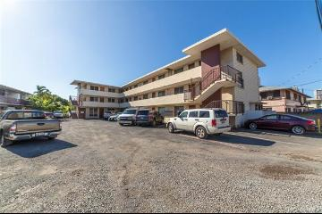 721 Menehune Lane, Honolulu, HI 96826