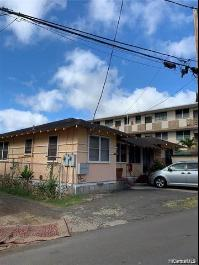 1618 Frog Lane, Honolulu, HI 96817