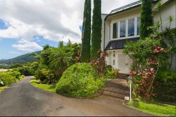 3659 Woodlawn Drive, Honolulu, HI 96822