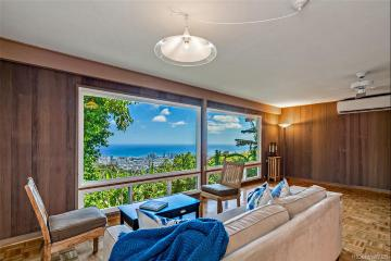 215 Forest Ridge Way, Honolulu, HI 96822