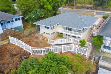 1380 St Louis Drive, Honolulu, HI 96816
