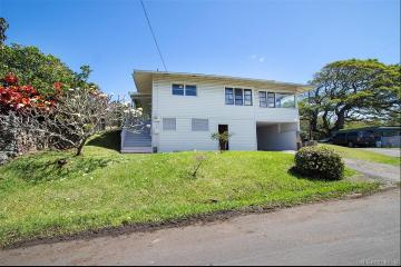 2831 Laola Place, Honolulu, HI 96813