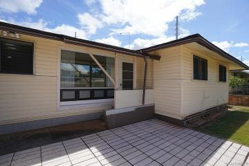 799 2nd Street, Pearl City, HI 96782