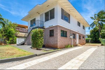 3413 George Street, Honolulu, HI 96815