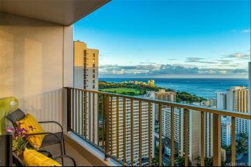 201 Ohua Avenue, 3406 Mauka/Tower 2, Honolulu, HI 96815
