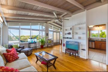 3750 Claudine Street, Honolulu, HI 96816