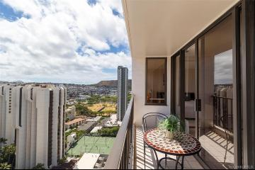 201 Ohua Avenue, 2707 Tower 2, Honolulu, HI 96815