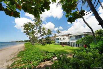 5621 Kalanianaole Highway, Honolulu, HI 96821