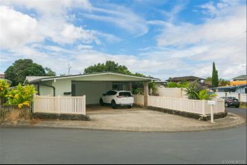 2333 Anini Way, Pearl City, HI 96782